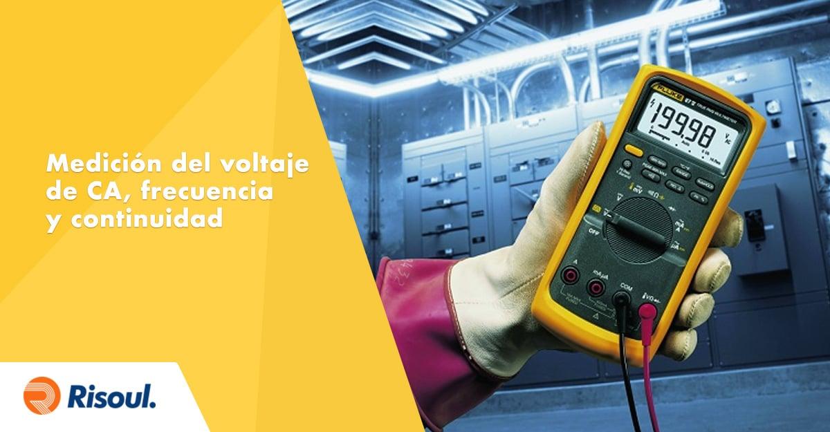 Procesos de medición del voltaje de CA, frecuencia y continuidad en tus equipos